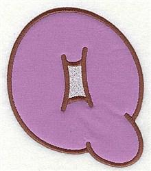 Q Applique Font embroidery design